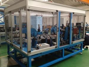 9 Maquina para la fabricación de bisagras de tamaño para el sector de Automoción  Perfiles de aluminio y accesorios 9 Maquina para la fabricaci  n de bisagras de tama  o para el sector de Automoci  n