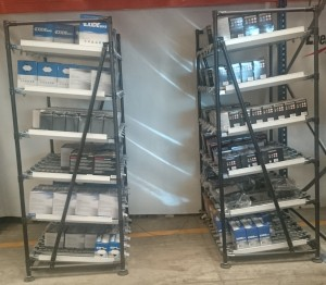 Estanteria baterias r  Mobiliario industrial a medida Estanteria baterias r